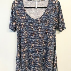 LulaRoe Navy and Pink Perfect T size S